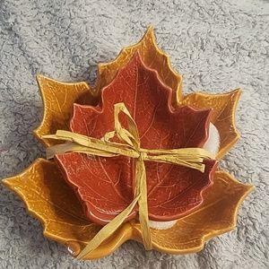 Set of sculpted leaf bowls